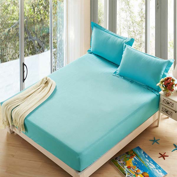 Fitted bed sheet cyan blue