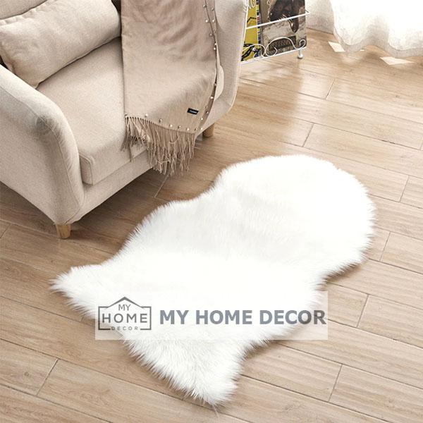 White Fluffy Faux Fur Mat
